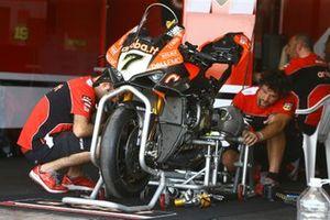 La moto di Chaz Davies, Aruba.it Racing-Ducati Team