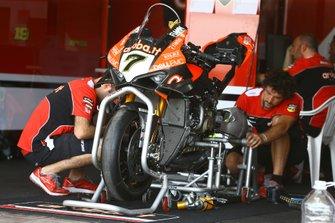 Chaz Davies, Aruba.it Racing-Ducati Team bike