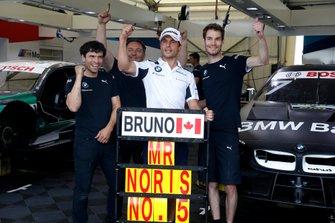 Bruno Spengler, BMW Team RMG with the team