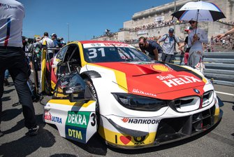 Grid, Shelton van der Linde, BMW Team RBM, BMW M4 DTM