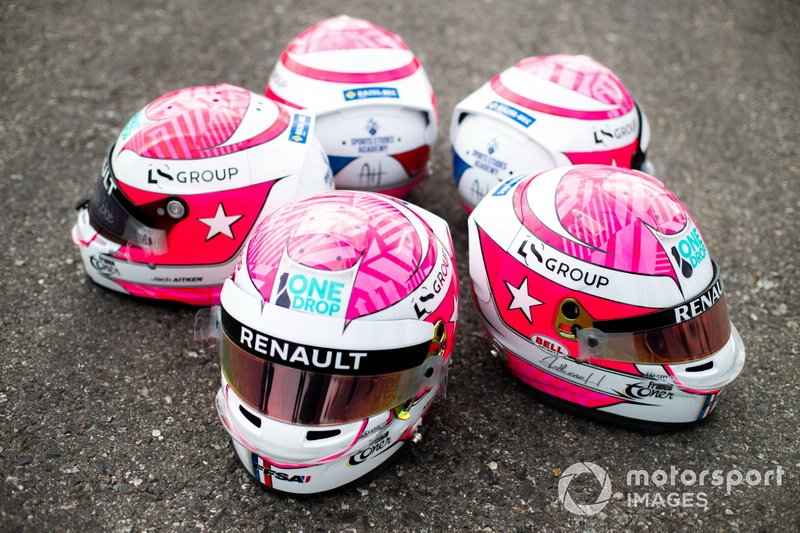 Casco tributo a Anthoine Hubert