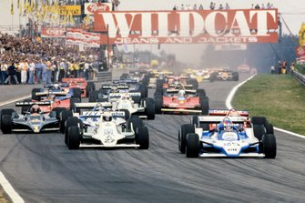 Patrick Depailler, Ligier JS11 Ford takes the lead at the start ahead of Alan Jones, Williams FW07 Ford, Nelson Piquet, Brabham BT48 Alfa Romeo and team mate and pole sitter Jacques Laffite, Ligier JS11 Ford