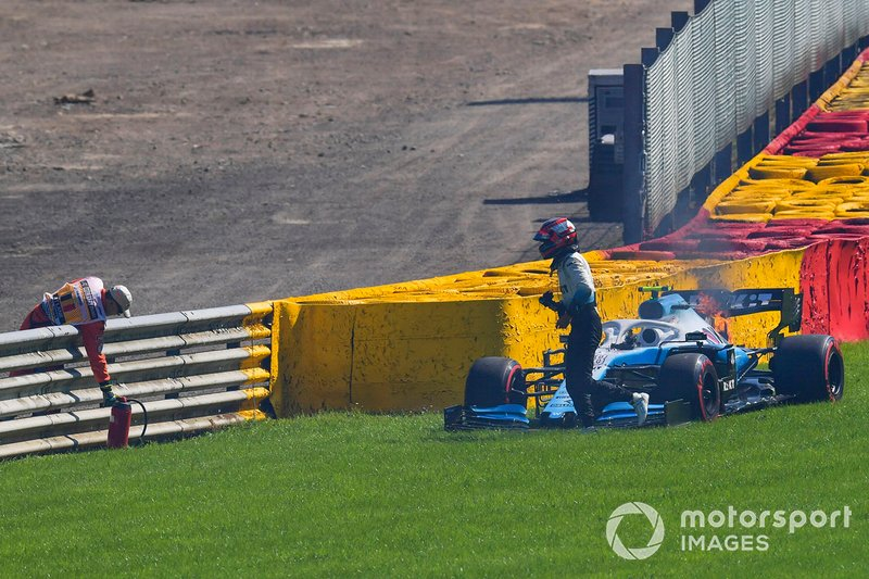 Robert Kubica, Williams Racing FW42, con problemas en el motor