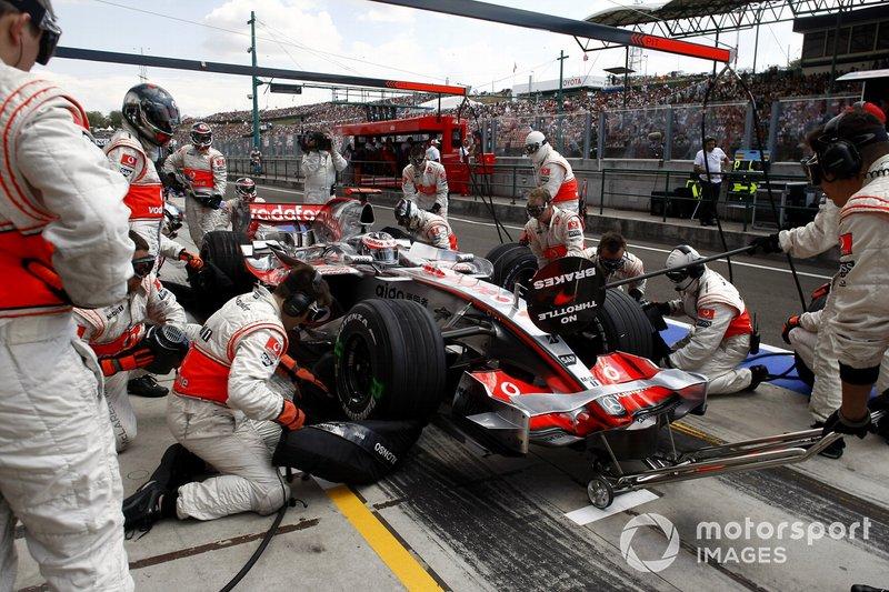 Alonso y Hamilton desobedecen a McLaren, Hungría 2007