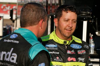 Matt Crafton, ThorSport Racing, Ford F-150 Ideal Door/Menardsa nd Johnny Sauter, ThorSport Racing, Ford F-150 Tenda Heal