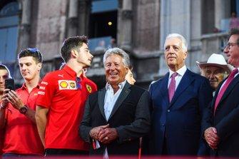 Charles Leclerc, Ferrari, Mario Andretti y Piero Lardi Ferrari