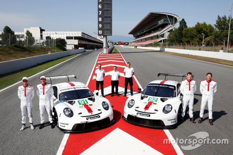 #91 Porsche GT Team Porsche 911 RSR - 19: Gianmaria Bruni, Richard Lietz, #92 Porsche GT Team Porsche 911 RSR - 19: Michael Christensen, Kevin Estre, with Alex Stehlig, Programm manager FIA WEC, Pascal Zurlinden, Head of GT-Motorsport, Bernhard Demmer, Manthey Racing