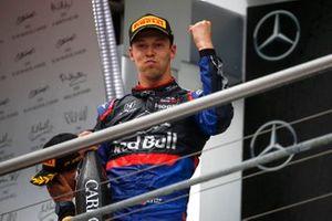 Daniil Kvyat, Toro Rosso, 3rd position, on the podium