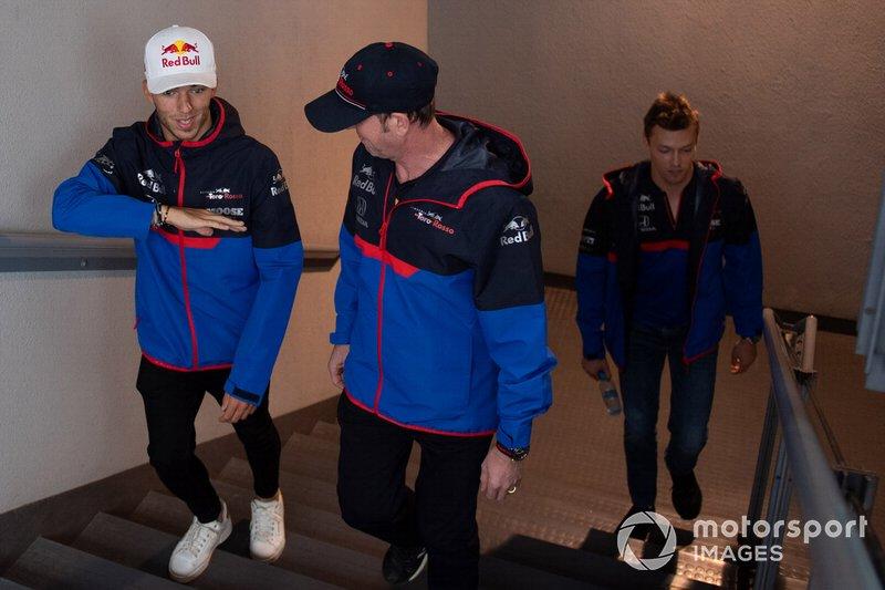 Гонщики Scuderia Toro Rosso Пьер Гасли и Даниил Квят