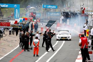 Ganador de la carrera Paul Di Resta, Mercedes-AMG Team HWA, Mercedes-AMG C63 DTM