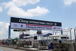 Chang International Circuit pit lane overview