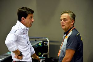 Toto Wolff, Mercedes AMG F1 Director of Motorsport and Mario Isola, Pirelli Sporting Director