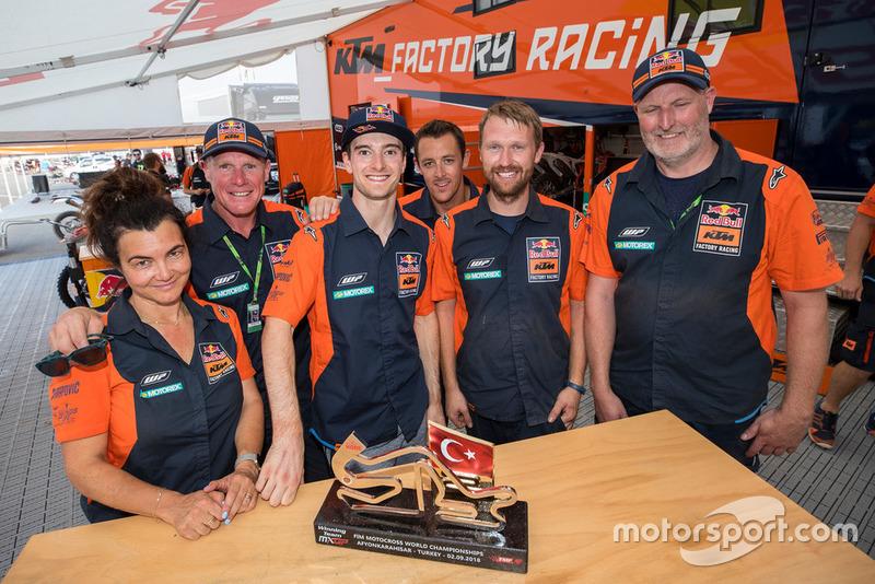Jeffrey Herlings, Red Bull KTM Factory Racing met zijn team