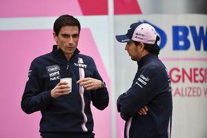 Nicholas Latifi, Racing Point Force India F1 Team y Sergio Perez, Racing Point Force India F1 Team