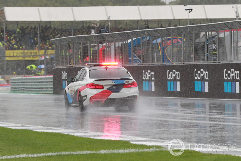 Le Safety car va multiplier les inspections