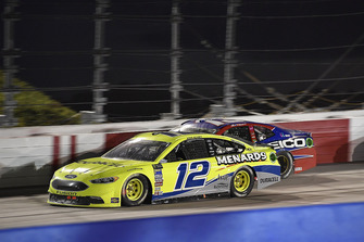 Ryan Blaney, Team Penske, Ford Fusion Menards/Duracell e Ty Dillon, Germain Racing, Chevrolet Camaro GEICO