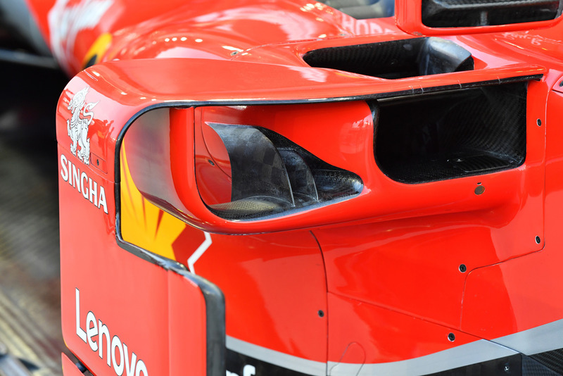 Ferrari SF71H detalle del pontón y la barcaza