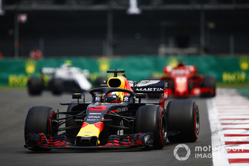 DNF: Daniel Ricciardo, Red Bull Racing RB14