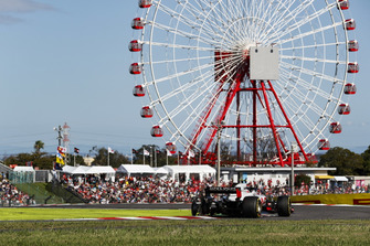 Kevin Magnussen, Haas F1 Team VF-18 ve Charles Leclerc, Sauber C37
