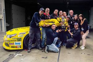 2018 champion Alon Day, Caal Racing, celebrates with his title
