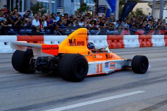 Emerson Fittipaldi im McLaren M23 von 1974