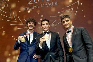 Les Champions du monde MotoGP, Moto2 et Moto3, Marc Marquez, Francesco Bagnaia et Jorge Martin