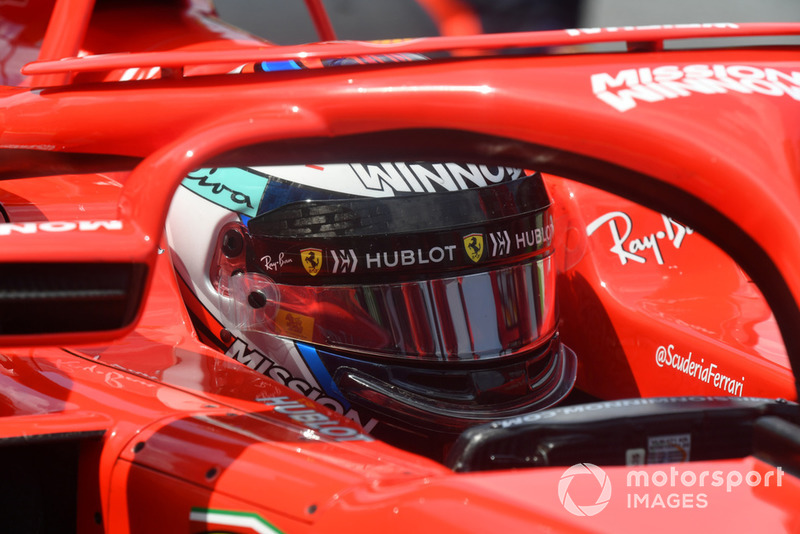 Kimi Raikkonen, Ferrari SF71H on the grid