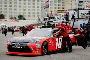 Ryan Preece, Joe Gibbs Racing, Toyota Camry Craftsman crew members