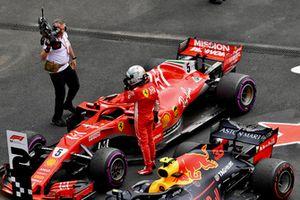 Sebastian Vettel, Ferrari SF71H, nel parco chiuso