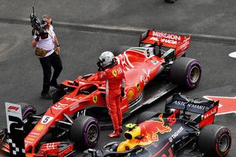 Sebastian Vettel, Ferrari SF71H in Parc Ferme