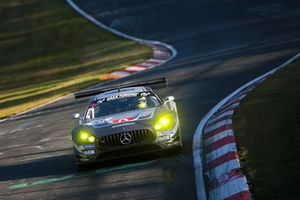 #10 SPS automotive performance Mercedes-AMG GT3: Edoardo Mortara, Renger Van Der Zande