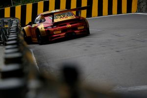 #912 Manthey-Racing Porsche 911 GT3 R: Earl Bamber
