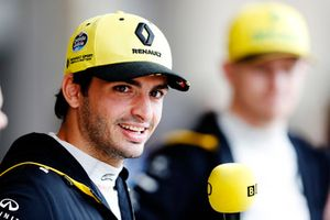 Carlos Sainz Jr, Renault Sport F1 Team, and Nico Hulkenberg, Renault Sport F1 Team.