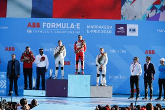 Robin Frijns, Envision Virgin Racing, 2nd position, Jérôme d'Ambrosio, Mahindra Racing, 1st position, Sam Bird, Envision Virgin Racing, 3rd position, on the podium