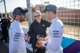 Gary Paffett, HWA Racelab, Stoffel Vandoorne, HWA Racelab, talk on the grid
