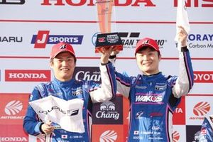 Podium: race winners #6 Lexus Team LeMans Lexus LC500: Kazuya Oshima, Kenta Yamashita