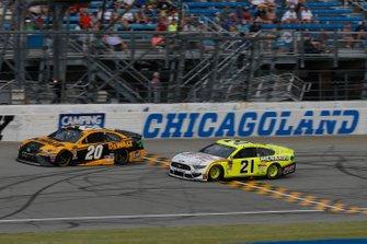 Erik Jones, Joe Gibbs Racing, Toyota Camry DeWalt Paul Menard, Wood Brothers Racing, Ford Mustang Menards / FVP
