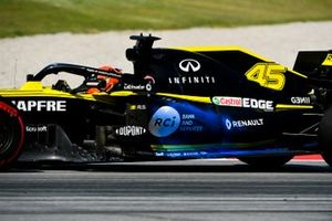 Alexander Albon, Toro Rosso STR14 with aero paint