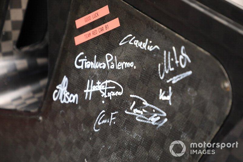 Portière de la #81 BMW Team MTEK BMW M8 GTE