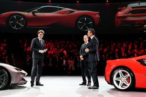 Ferrari SF90 Stradale, Binotto, Vettel, Galliera