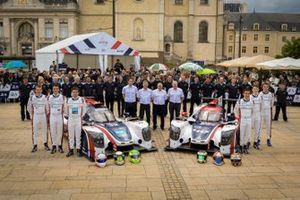 #22 United Autosports Ligier JSP217 Gibson: Philip Hanson, Filipe Albuquerque, Paul di Resta; #32 United Autosports Ligier JSP217 Gibson: Ryan Cullen, Alex Brundle, Will Owen