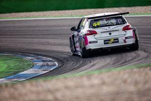 Lilou Wadoux, JSB Compétition Peugeot 308 TCR