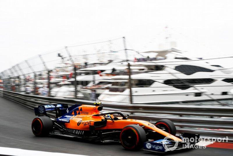 12: Lando Norris, McLaren MCL34, 1'11.724