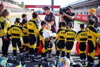 Max Verstappen, Red Bull Racing and Lando Norris, McLaren at the RACC Kids karting event
