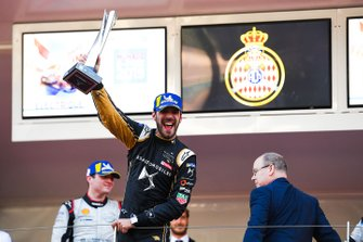 Jean-Eric Vergne, DS TECHEETAH celebrates victory on the podium
