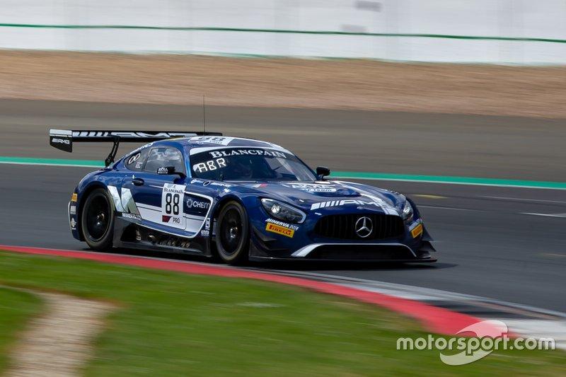 #88 Mercedes-AMG Team Akka ASP Mercedes-AMG GT3: Michael Meadows, Raffaele Marciello, Vincent Abril