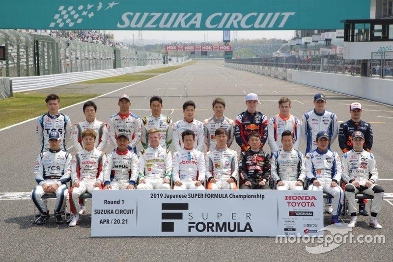 La foto de familia de la Súper Fórmula 2019