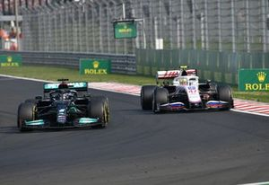 Lewis Hamilton, Mercedes W12, Mick Schumacher, Haas VF-21
