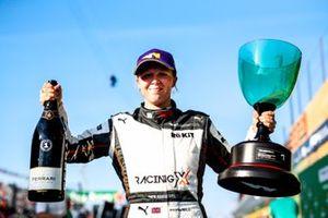 Race winner Alice Powell