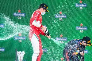 Podio: ganador Arthur Leclerc, Prema Racing , Ayumu Iwasa, Hitech Grand Prix